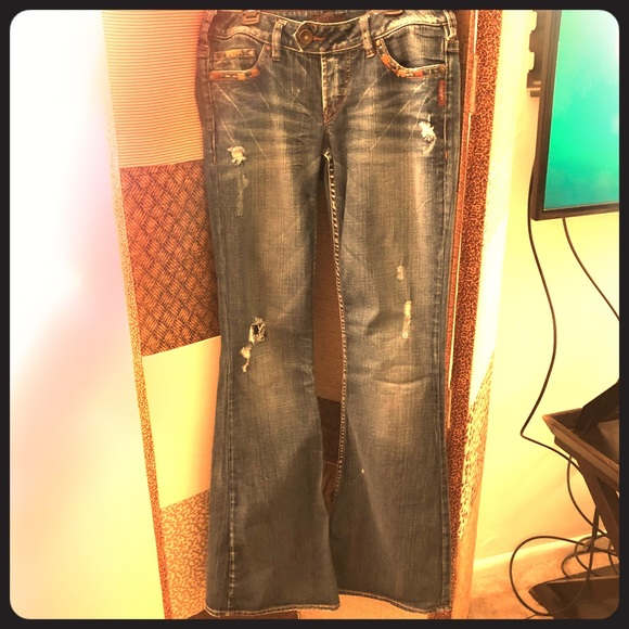 """Silver Jeans Denim - ***SOLD*** Silver Tuesday 22"""" flare fit 28/35"""
